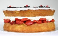 Strawberry Sponge cake - Our traditional all butter Victoria Sponge cake, layered with jam and whipped cream, and topped with glace icing.