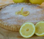 Lemon Tart - Home made sweet shortcrust pastry with a tangy lemon filling made with fresh cream and both the zest and juice of fresh lemons. 